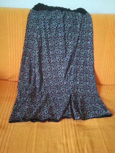 Prelepa duža suknja za toplije dane vel 42 crna sa malim roze