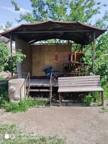 Садовая мебель в Кыргызстан: Топчан продается крыша,пол, лестница,размер2.5х3 Не съёмный