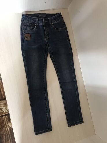 Продам джинсовые штаны для девочек на 9-10 лет,в отличном состоянии
