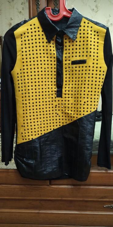 женские вельветовые юбки в Азербайджан: Кожанная кофточка как новая .можно одевать как с брюками так и с