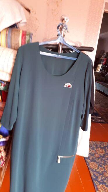 Платья - Кок-Ой: Темно-зелёное платьеПроизводство Турция Цена 3500 сомСостояние -
