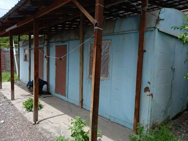 Гаражи - Кыргызстан: Продаю Вагон жилой в хорошем состоянии. Можно для проживание