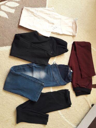 Личные вещи - Чолпон-Ата: Продаю штаны для беременных 1. Брюки черные классические, размер 52, ц