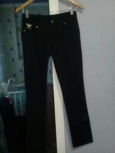 Продаю женские брюки. Ни разу не надевала,новые. Размер 26. в Сокулук