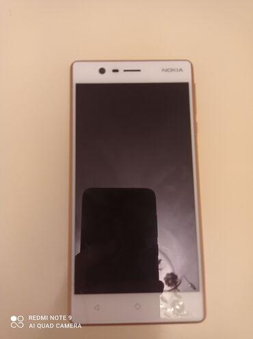 Nokia 3 işlek vəziyyetdedi;yaddasi 16GB;3 ram