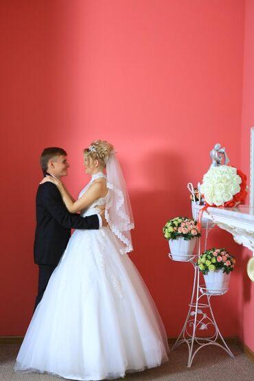 Продам свое счастливое свадебное платье. Одевала один раз. В прокате