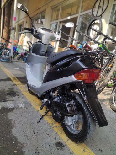 10562 elan   NƏQLIYYAT: Honda fikri cidi olanlar elaqe saxlasin