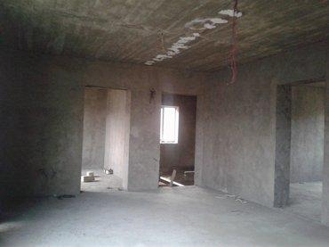 Qusar şəhərində Qiyməti razılaşma yolu ilə. 0.04 ha torpaq sahəsi, evin ümümi sahəsi