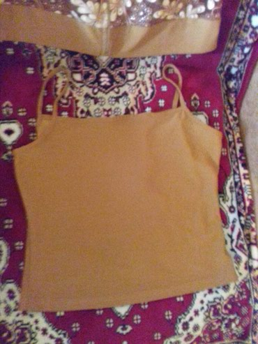 женские вельветовые юбки в Азербайджан: Женская блуза двойка.в хорошем состояниее весенняя