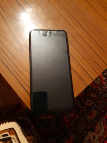 zapchasti audi a8 в Азербайджан: Б/у Samsung Galaxy A8 32 ГБ Черный
