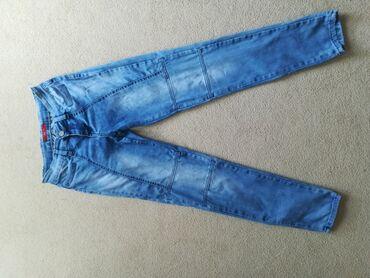 Pantalone - Srbija: Udobne uske farmerke, jako lepo stoje. POPUST uz poručena 2 ili više