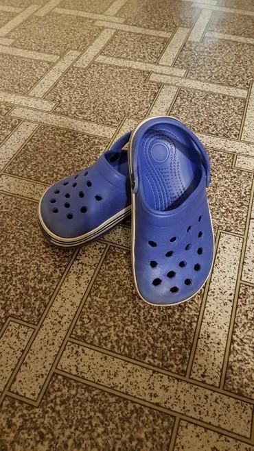 сандалии 27 размер в Кыргызстан: Детские резиновые сандалии-шлепки. Размер 26-27. Б/у