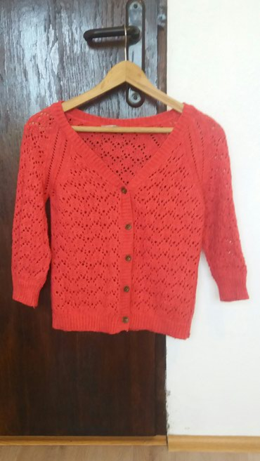 Zenski dzemperi po - Srbija: Jednom nosen zenski dzemperic, tamno roze boje, rupicasto pleten