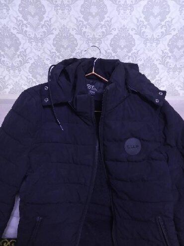 Куртка мальчиковая зимняя на 12-14лет в хорошем состоянии есть дефекты
