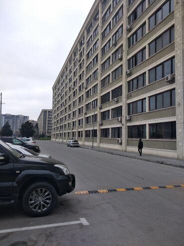 Продам - Азербайджан: Продается квартира: 4 комнаты, 110 кв. м