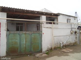 Bakı şəhərində Bineqedi qesebesinde merkezde 3-otaqli orta temirli ferdi yawayiw evi