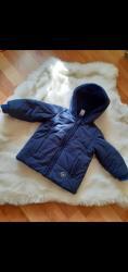 Dečije jakne i kaputi   Zrenjanin: Jakna kratko bosena vel 74 prelepa