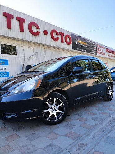 Honda Fit 1.5 л. 2009 | 114000 км
