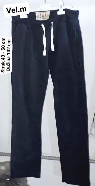 Muška odeća | Leskovac: Trenerka vel. M.  kvalitetna