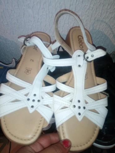Ženska obuća | Vladicin Han: Sandale 1000 dinara