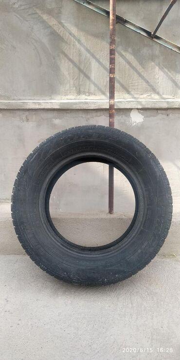 шини 235 55r17 в Кыргызстан: Шины 235/60/16 Пирелли, зима. Износ 30/40%. 1 штук. 235.60.16