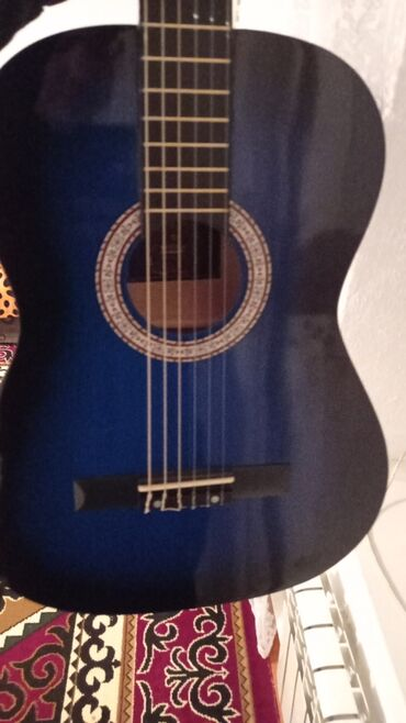 Спорт и хобби - Раздольное: Классическая гитара (5000сом)