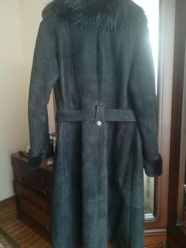 пальто loreta турция в Кыргызстан: Женская дубленка 2шт.черная производство турция, натуралка, носили два