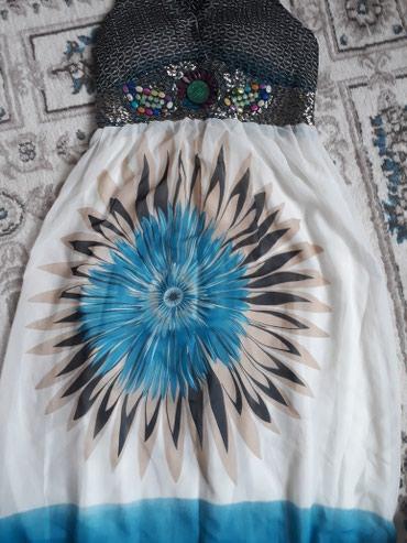 белое летнее платье в Кыргызстан: Очень легкое, нежное, летнее платье, почти новая, торг