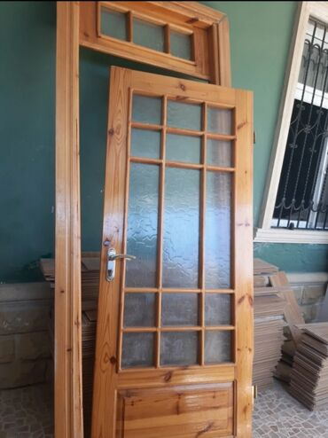ev qapilari - Azərbaycan: 4 eded ev qapısı satılır 1 nin zamoku yoxdu 1 ededi 80 azn