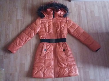Nova zimska jakna, krzno oko kapuljace je prirodno, jako je topla - Beograd