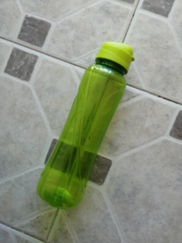 Zelena flašica za vodu - Obrenovac
