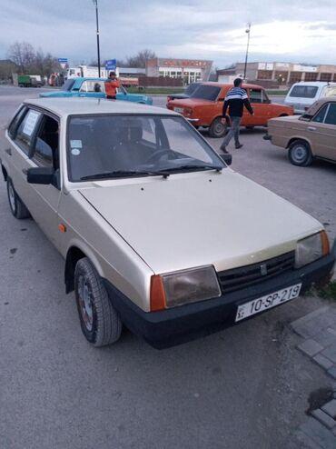 İşlənmiş Avtomobillər Qəbələda: VAZ (LADA) 21099 1.5 l. 1999 | 240644 km