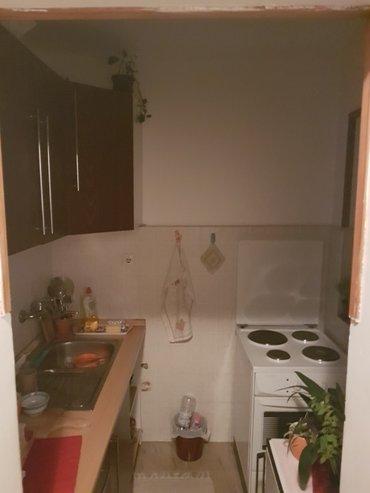 Prodajem u Beogradu Jednosoban stan na prvom spratu 31kvm u - Beograd