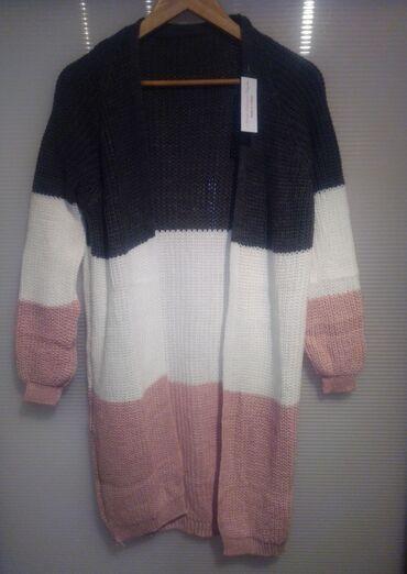 Ženska džemperi - Srbija: Trobojni kardigani univerzalne veličine, dosta se tegle, odgovaraju do