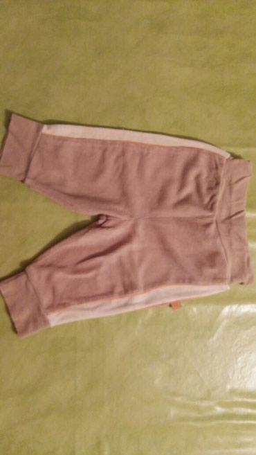 Pantalonice za bebe vel. 86 C&A polovne i ocuvane,idu u kompletu - Petrovac na Mlavi