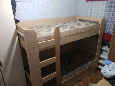 Продаю двухярусную кровать размер 2 на 0.9