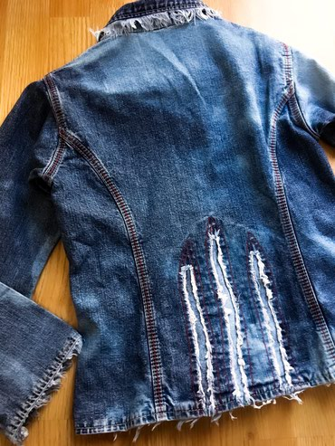 Original Django jeans jakna, nova, skupo plaćena, svuda po njoj rese. - Bor