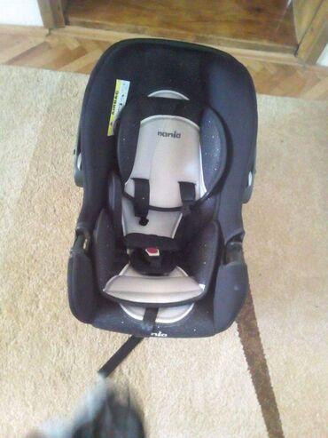 Autosedišta i nosiljke za bebe | Srbija: Auto sedište i nosiljka za bebe, nosivost do 13kg. Korišćeno samo jedn