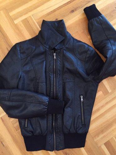 Ženska odeća | Subotica: Kozna nova jakna,strukirana. Hitno prodajem, nema korigovanja cene