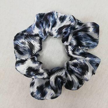 Handmade scrunchiesΧειροποίητα scrunchies, υπάρχουν κι άλλα διαθέσιμα