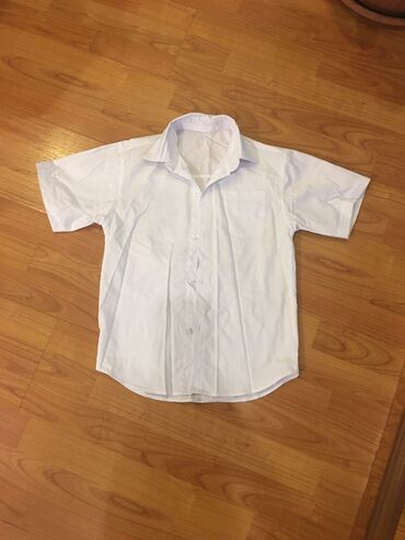 Рубашка для мальчика 9-10 лет по 250 с