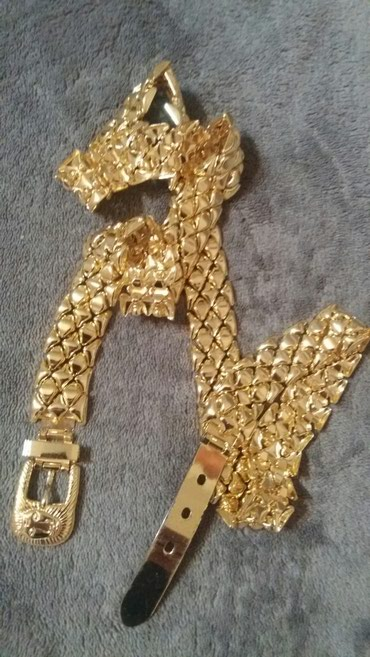 Duzina cm kais - Srbija: Savrsen i predivan metalni kais u zlatnoj boji ukupne duzine 90 cm
