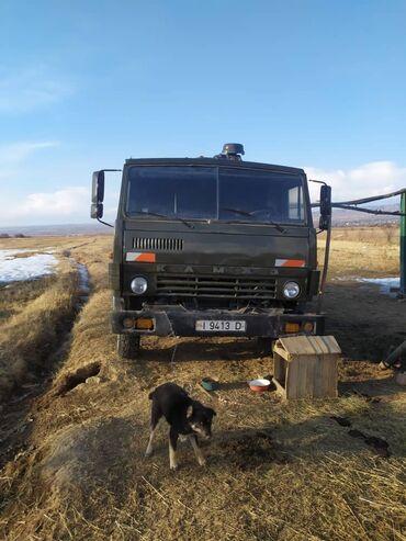 Грузовой и с/х транспорт - Кыргызстан: Срочно продаю КамАЗ в отличном состоянии ремонт не требуется шины