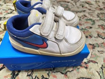 футбольные бутсы nike в Кыргызстан: Детские фирменные кроссовки Nike. размер 25. В хорошем состоянии