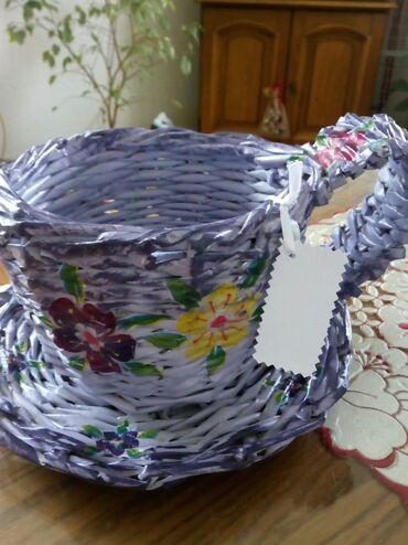 Kućni dekor - Bogatic: Drzac za saksiju u obliku solje pleteno. Moze za ukras ili poklon da