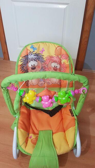 Lezaljka - Srbija: Na prodaju lezaljka za bebu.Malo je koristena ali kao sto se vidi u