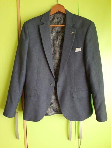 Prodajem muški sako i pantalone.Sako - Roma Doria ExclusiveVeličina