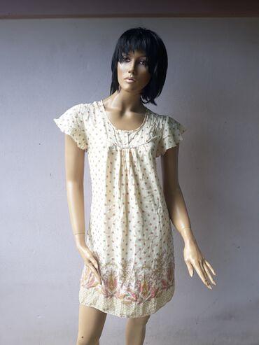 Zara haljinica bez ostecenja kao nova Lagana i prijatna za nosenje