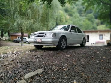 Mercedes-Benz Qobustanda: Mercedes-Benz 230 2.3 l. 1991 | 456956 km