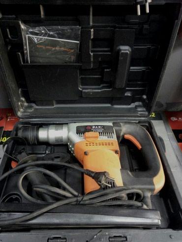 Отбойные молотки в Кыргызстан: Перфоратор Пит 23802 максимальный диаметр сверления 38мм. 230вт1450